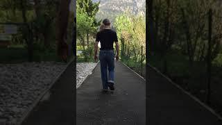 ドイツのご夫婦から歩きの動画を送っていただきました。