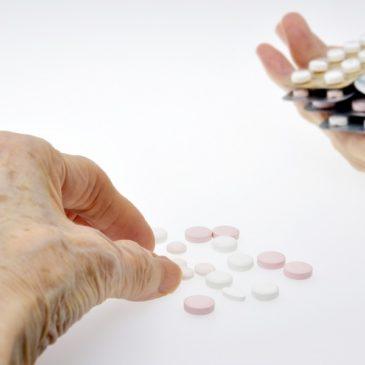 Q:加齢のためと言われた症状とは、一生付き合っていくしかないのでしょうか?